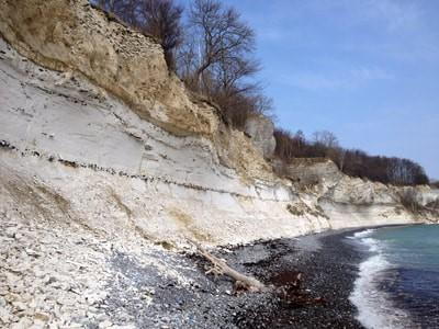 Cretaceous-Paleoene Transition exposed in coastal cliffs