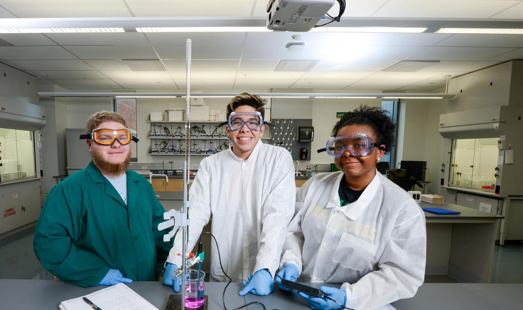 Tristan, Daniel and Rosemary in lab